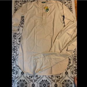Men's traditional Pakistani outfit